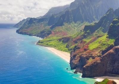 SergiyN/Shutterstock.com // Aussicht auf Na Pali, Kauai - Küste Hawaii
