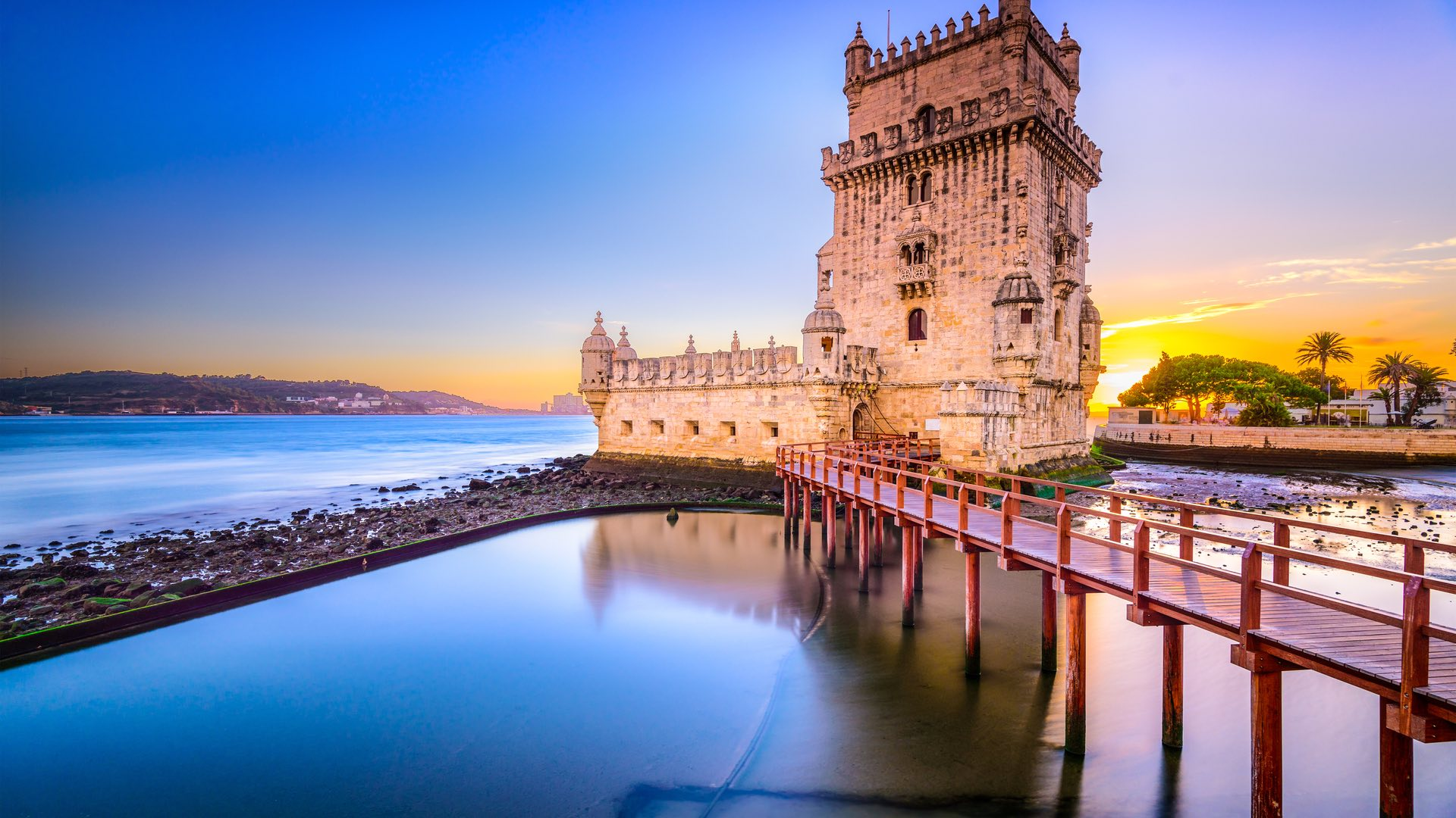 Portugal | Lissabon | ©Sean Pavone/Shutterstock.com